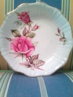 ROYAL-STAFFORD-PIN-DISH-FIRST-LOVE-BONE-CHINA-EXCELLENT-COND