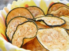 I will get my kids to eat veggies! Baked Zucchini Chips I will get my kids to eat veggies! Baked Zucchini Chips I will get my kids to eat veggies! Veggie Recipes, Paleo Recipes, Low Carb Recipes, Appetizer Recipes, Snack Recipes, Cooking Recipes, Candida Recipes, Cooking Tips, Paleo Appetizers
