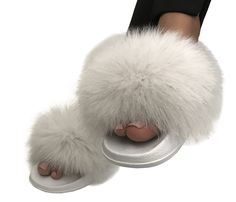 Real fur fox Slippers Slides Sandals flat Flip Flops - buy in the online store. Fox Slippers, Flat Sandals, Flats, Slipper Sandals, Fur Slides, Fox Fur, Size Chart, Flip Flops, Delivery