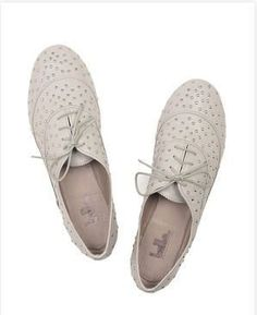 Chaussures-mariee-blanches-mode-vintage.JPG
