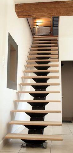 Spiral stairs loft metals interior design 41 ideas for 2019 Home Stairs Design, Railing Design, Interior Stairs, Interior Design Living Room, House Design, Design Design, Loft Staircase, House Stairs, Spiral Staircase