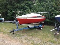 How much love can a Trailer Sailor get on here? This is my old MFG 19' from 79, appropriately named 'Hey 19!'