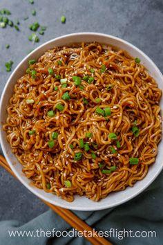Easy Saucy Ramen Noodles (Vegan Recipe) - The Foodie Takes Flight Ramen Noodle Recipes, Ramen Noodles, Easy Noodle Recipes, Vegan Noodle Soup, Vegan Ramen, Vegetarian Recipes, Cooking Recipes, Healthy Recipes, Raw Recipes