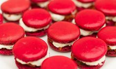 """Macaroons Saint-Môret and dried tomatoes - offers the recipe """"Macarons Saint-Môret and dried tomatoes"""" published by christophe thermosta - Nutella Macarons, Vegan Macarons, Pistachio Macarons, Vanilla Macarons, Macaron Cookies, Macaron Pistache, Buffet Dessert, Macaron Flavors, Perfect Cookie"""