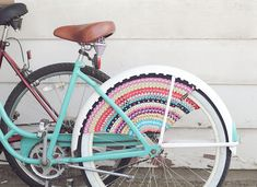 Crochet a skirt guard for your beach cruiser.