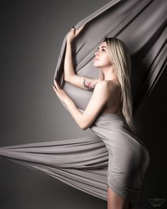 @vkfoto22 #photostudio #photographicstudio #photographer #fabric #cloth #textile #gray #grey #drab #Blackandwhite #girl #Blondie #blondiegirl #blonde #blond