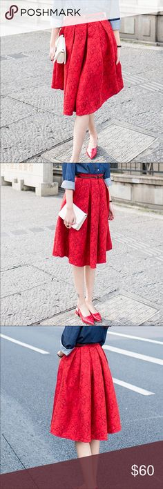 🎁 Just in! 🎁 Gorgeous high waist red cotton jacquard skirt is sure to please! It's just beautiful! Has a side zipper and is knee length. Only have limited quantity! Skirts Midi