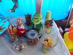Candy bar con los muñecos ...Vera y el Sapo