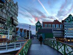 Sunset in Zaandam @elosje je gaat Zaandam toch vast missen thanks @holland_photolovers for featuring by annemarie1000