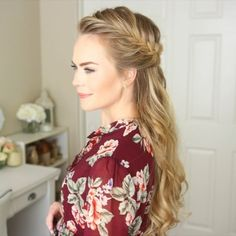 Half Up Fishtail French Braid  I love this for a holiday look! ❤️ How are you wearing your hair for your holiday parties? ✨Tutorial link for this look in my bio! #missysueblog