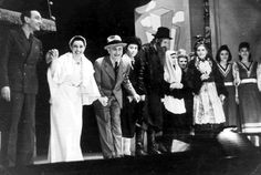 Warsaw Theater in the ghetto, during the war.               A theater perfomance in the Warsaw ghetto by the theater.