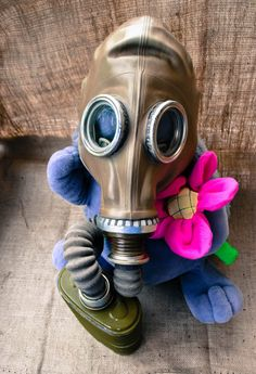 Soviet Gas Mask, Steampunk Mask, Halloween scary mask, USSR army gas mask, Respirator gp 5  #streetmobs #usaprimeshot #killergrams #way2ill #mask #gasmask #horror #creepy #illgrammers #streetactivity #streetmagazine #urbanromantix #urbanexploration #urbanexploring #visualsoflife #streetshot #streetshots #urbanandstreet #primeshots #agameoftones #photooftheday #thecreatorclass #shoot2kill #streetcollectors #movies #gasmask #postapocalyptic #apocalypse #steampunk #vintage #retro #scary…