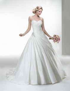 Helen gown from the 2014 Maggie Sottero collection, as seen on Bride.Canada