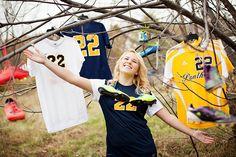 Soccer Senior Picture // Michelle Chernock // Toledo Ohio Senior Portraits