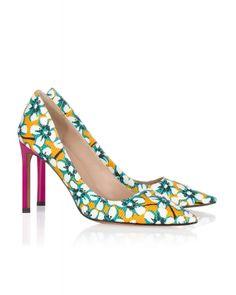 0309b20ed1d Pura Lopez High heel pumps in printed fabric. Zapatos EstampadosTacos  ZapatosZapatos De FiestaTaconesCalzasTejidoTendenciasBombas ...