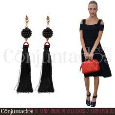Pendientes Gladys con flecos negros ★ 11'95 € ★ Cómpralos en https://www.conjuntados.com/es/pendientes/pendientes-largos/pendientes-gladys-con-flecos-negros.html ★ #pendientes #earrings #conjuntados #conjuntada #joyitas #lowcost #jewelry #bisutería #bijoux #accesorios #complementos #moda #eventos #bodas #invitadaperfecta #perfectguest #fashion #fashionadicct #fashionblogger #blogger #picoftheday #outfit #estilo #style #streetstyle #spain #GustosParaTodas #ParaTodosLosGustos