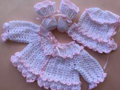 Crocheté en pull bébé ensemble de baptême pull par everythingswhite