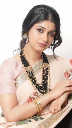 Beautiful Girl Photo, Beautiful Girl Indian, Beautiful Indian Actress, Most Beautiful Women, Cute Beauty, Beauty Full Girl, Beauty Women, India Beauty, Asian Beauty