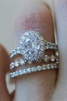 Engagement Rings : P