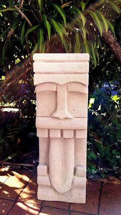 Concrete Sculpture, Stone Sculpture, Paper Mache Sculpture, Sculpture Art, Easter Island Statues, Tiki Head, Tiki Bar Decor, Hawaiian Tiki, Tiki Art
