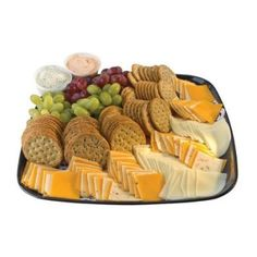 Ideas Fruit Party Platters Entertaining For 2019 Cheese And Cracker Platter, Meat And Cheese Tray, Meat Trays, Cheese Stuffed Peppers, Simple Cheese Platter, Cheese Fruit, Fruit Trays, Fruit Snacks, Party Trays