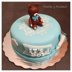 Teddy bear Baby Shower cake by Fiestas & Fondant