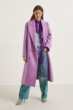 See the entire Stella McCartney resort 2020 collection here. Image credits: Courtesy of Stella McCartney Fashion Mode, Fashion 2020, Modest Fashion, Look Fashion, Runway Fashion, High Fashion, Fashion Design, Fashion Trends, Tennis Fashion