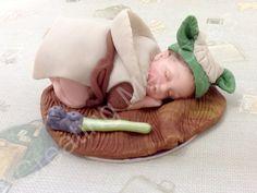 Yoda Fondant Baby Cake Topper - Large