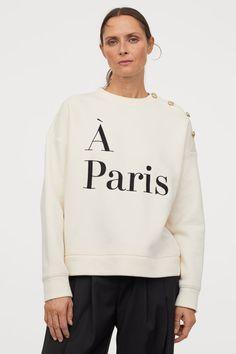 Sweatshirt with Text Design - Cream/À Paris - Ladies Fashion Art, World Of Fashion, Tweed, Text Design, Paris, Fashion Company, Mannequin, Neue Trends, Everyday Fashion