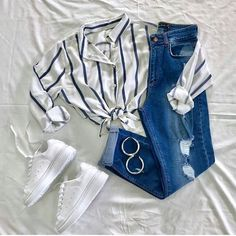 Look verano #lookverano Denim, Jackets, Tops, Fashion, Ruffle Blouse, Moda, Jacket, Fasion, Tank Tops