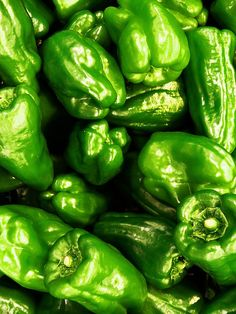 GREEN peppers fresh!  sliced daily at Jimmy Buff's Kenilworth.  Jimmy Buff's Italian Hot Dogs & Sausages.