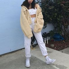 Discover recipes, home ideas, style inspiration and other ideas to try. Dope Outfits, Cute Casual Outfits, Outfits For Teens, Summer Outfits, Fashion Outfits, Mode Old School, Monochrome Fashion, Aesthetic Clothes, Aesthetic Fashion