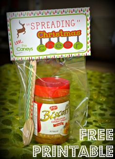 """""""Spreading"""" Christmas Cheer. Free Printable gift tag for spread, peanut butter, #nutella.  #teacherchristmasgift #christmasprintable #gift  printablespreading"""