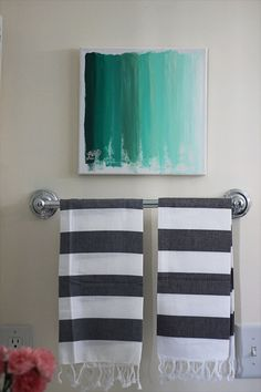 Two Delighted - http://www.twodelighted.com/2012/02/21/ombre-art-diy/