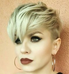 Today we have the most stylish 86 Cute Short Pixie Haircuts. We claim that you have never seen such elegant and eye-catching short hairstyles before. Pixie haircut, of course, offers a lot of options for the hair of the ladies'… Continue Reading → Short Hairstyles For Thick Hair, Short Pixie Haircuts, Pixie Hairstyles, Trendy Hairstyles, Short Hair Cuts, Short Hair Styles, Haircut Short, Pixie Haircut 2017, Blonde Pixie Haircut