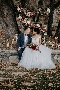 Bride and groom picture in their Modern Romance Meets Rustic Fall Vibes in this Fairytale Wedding Inspiration - Quattro Studios Romantic Wedding Receptions, Romantic Wedding Photos, Woodsy Wedding, Winter Wedding Flowers, Intimate Weddings, Unique Weddings, Winter Weddings, Autumn Wedding, Summer Wedding