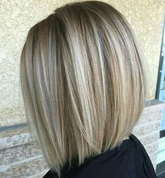Blunt Blonde Balayage Bob Best Picture For light brown hair color ideas For Your Taste You are looki Blonde Balayage Bob, Bronde Hair, Bronde Bob, Short Balayage, Blunt Blonde Bob, Balayage Highlights, Balyage Bob, Medium Blonde Bob, Blonde Foils