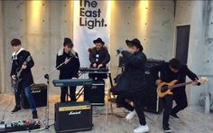 TheEastLight covers #BTS' 'Spring Day' with a beautiful acoustic version http://www.allkpop.com/article/2017/03/theeastlight-covers-bts-spring-day-with-a-beautiful-acoustic-version