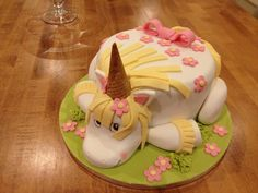 Unicorn cake for Despicable Me party