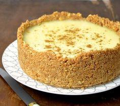 10 exquisitas tartas hechas con galletas que se salen de todo lo convencional - La voz del muro Pie Recipes, Dessert Recipes, Desserts, Cooking Cake, Pastry And Bakery, Sweet And Salty, No Bake Cake, Vanilla Cake, Food And Drink
