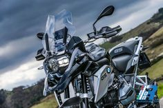 BMW R 1200 GS Triple Black http://www.italiaonroad.it/2016/04/14/bmw-r-1200-gs-triple-black/