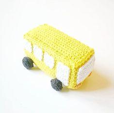 DIY Hæklet suttesnor – lineskrea.dk Crochet Bib, Diy Baby, Design, Clothes For Girls, Manualidades, Bebe, Design Comics