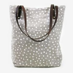 Love the little polka dots!