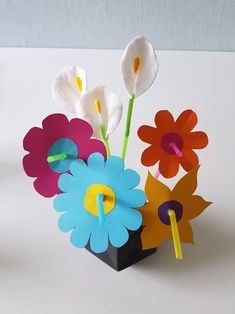 Kreative Strohhalm-Bastelideen für Kinder. Selbst gemachter Schmuck (Strohhalm-Armband) Deko Blumen, Regenbogen Lichterkette, DIY Windlicht. Alle Anleitungen + Freebie Druckvorlage >>