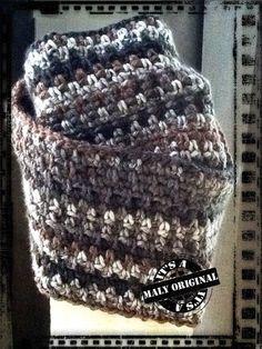 Lekker warme das, gehaakt, gratis patroon Crochet Poncho, Crochet Scarves, Diy Crochet, Crochet Clothes, Crochet Woman, Stitch 2, Yarn Colors, Crochet Accessories, Color Splash