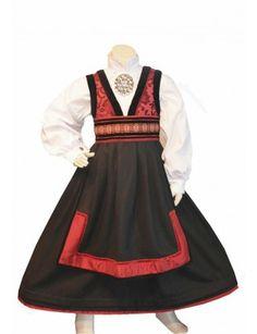 Rød/svart drakt Apron, Costumes, Fashion, Hipster Stuff, Pictures, Moda, Dress Up Clothes, Fashion Styles, Fancy Dress