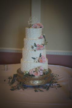 Menomonee falls wedding cakes