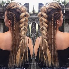 "1,056 mentions J'aime, 51 commentaires - Catherine (@catherineellle) sur Instagram : ""Faux Mohawk ft. braids✌🏽 #mohawk #braidedhair #hippie #boho #festivalhair #modernsalon #hairstyles…"""