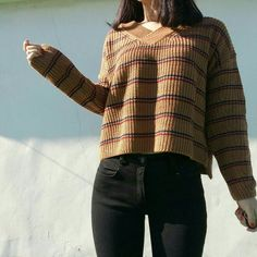 Sweatshirt is Beautiful. It'll fit my figure well. Love the color and pattern.
