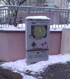 streetart gameboy
